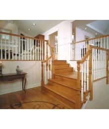 Cầu thang gỗ sồi nga