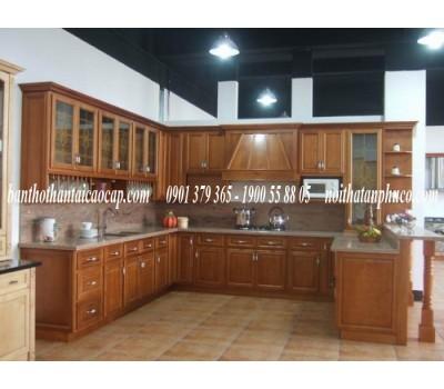 Tủ bếp bằng gỗ dổi