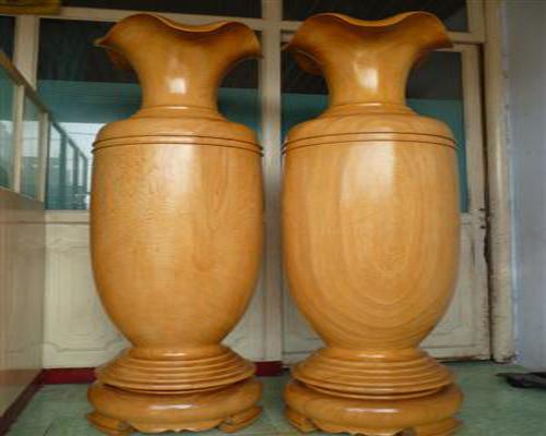 Đồ thờ cúng bằng gỗ Pơ Mu